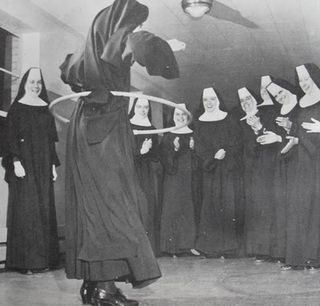 1950s Hula Hoop vintage photo NUNS