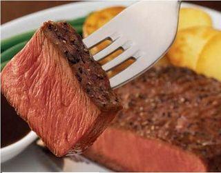 Steak_on_fork